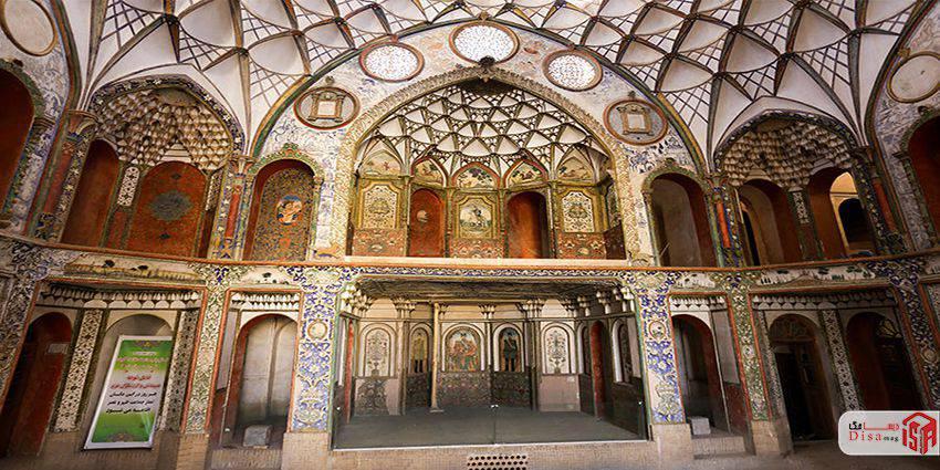 مقرنس های معماری خانه بروجردیها کاشان