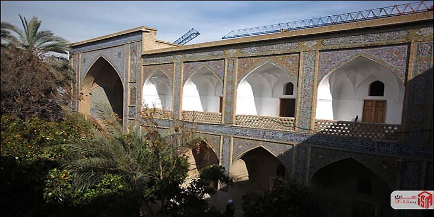 معماری مدرسه خان شیراز