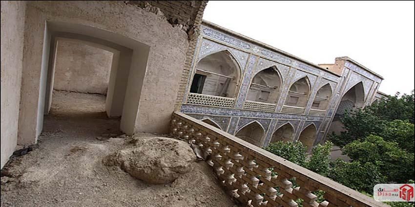 معماری مدرسه خان شیراز 2