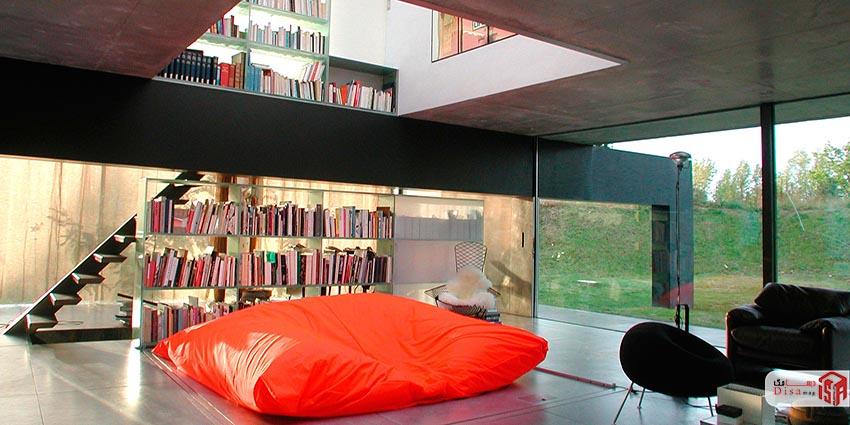 فضای داخلی خانه دو دوست یاخانه بوردو رم کولهاس
