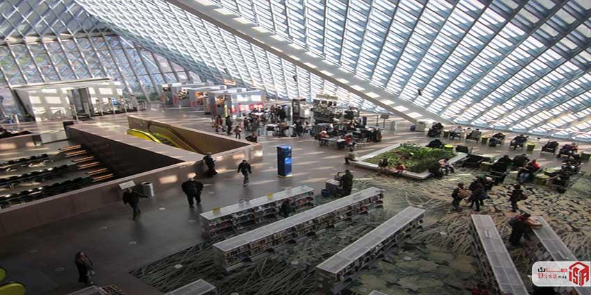 داخلی کتابخانه مرکزی سیاتل
