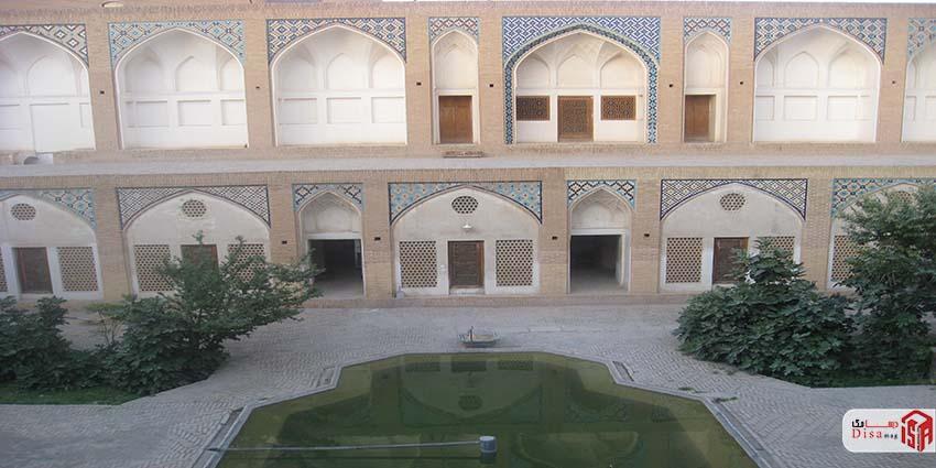 معماری مسجد آقا بزرگ کاشان 2